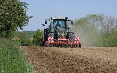 Blühwiesen für Biogas-Anlagen