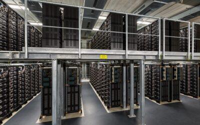 Faszination Energie: Batteriespeicher Schwerin – Innenansicht der Akkuhalle