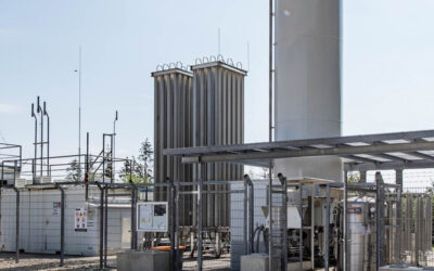 Bio-LNG für den Schwerverkehr: Hitachi Zosen Inova AG und RAG Austria AG kooperien