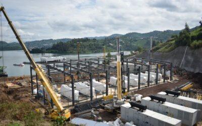 Gasaggregate für neues Kraftwerk am methanhaltigen Kivusee in Ruanda