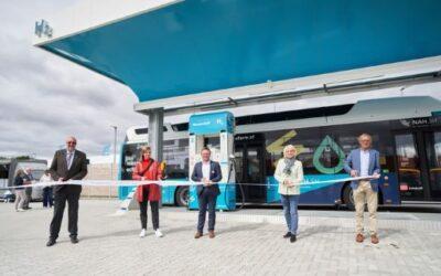 eFarm: Erste öffentliche grüne Wasserstofftankstelle geht in Betrieb